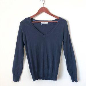 Zara • navy v-neck sweater